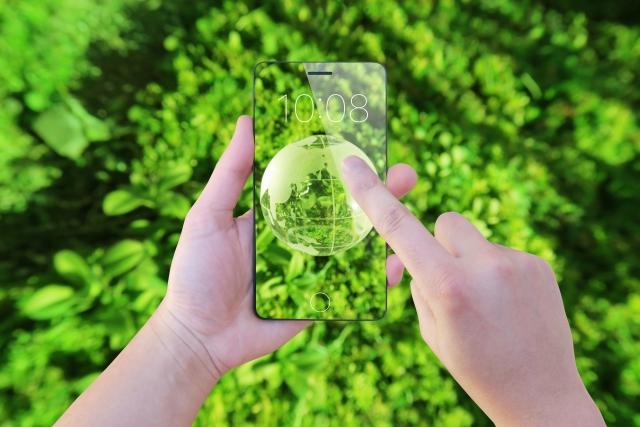 6658シライ電子工業は透明フレキシブル基板でスケルトン化に貢献